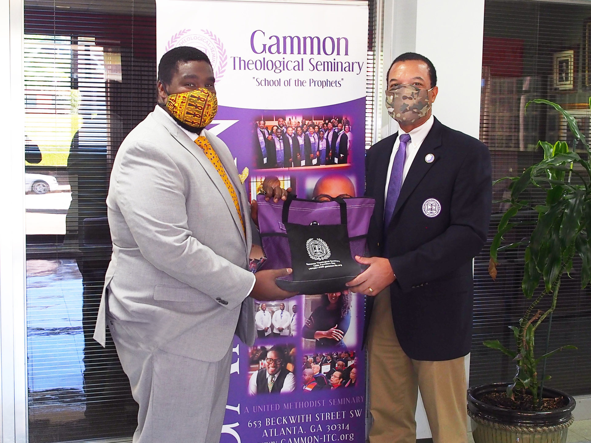 Pictured: Gammon President Dean Dr. Ken J. Walden (right) presents 2020 graduate Rev. Paul McReynolds with a special graduation gift. Photo by Horace Henry